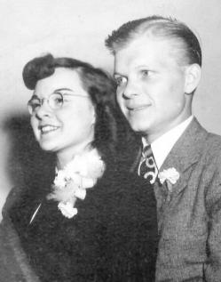 Jean and Harris Rosendahl on their wedding day in July 1947.